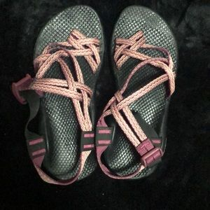 Women's Chacos size 6